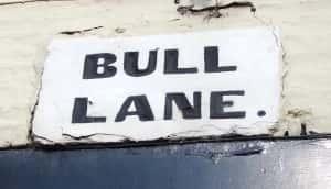 17h Bull Lane sign