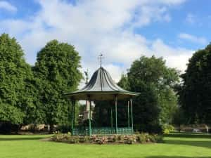 5f Bandstand