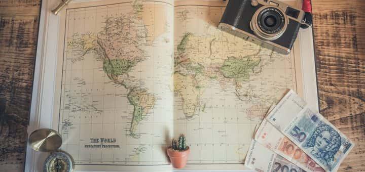 Phot: map, camera & travel money