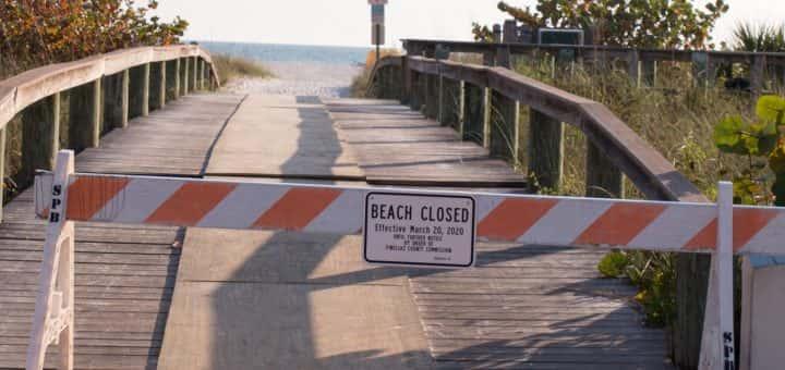 Beach closed sign