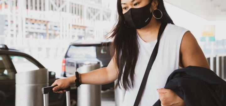 Women wearing covid mask